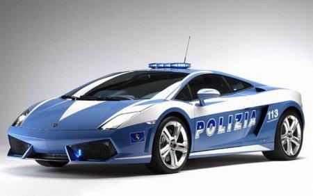 Итальянские полицаи разбили служебный Lamborghini Gallardo