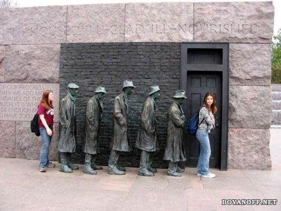 Необычные статуи