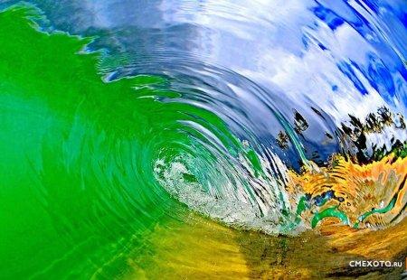 Красота Гавайских волн в работах Clark Little