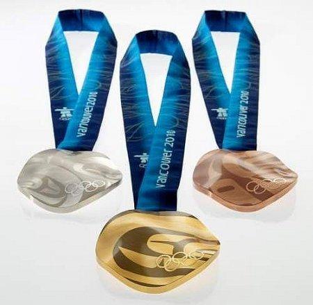 Олимпийские медали Ванкувера будут большими, кривыми и тяжелыми
