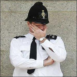439 британских полицейских наказаны за посещение порносайтов и социальных сетей