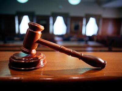 Завершено предварительное расследование дела А.Туровича, обвиняемого в педофилии