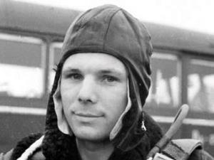 Бывший военный летчик назвал причину гибели Гагарина
