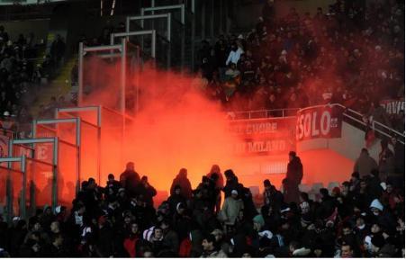 """Футбольная Италия встретила очередной погром, на этот раз """"отличились"""" Туринские тифози !"""