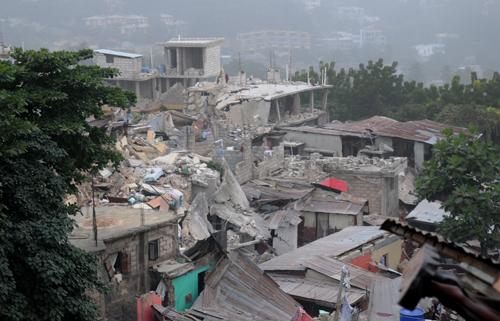 """Полмиллиона гаитян убила """"сделка с дьяволом"""""""