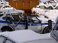 Милиционеры с путанами врезались в столб