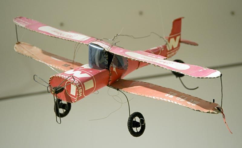 Игрушка самолет своими руками