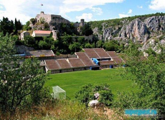 Самые необычные стадионы мира