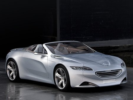 В преддверии юбилея компания Peugeot выпустила родстер перемен — SR1