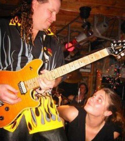 Лица гитаристов