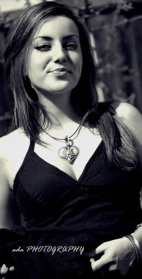 Фотограф Ada Magdas и её автопортреты.