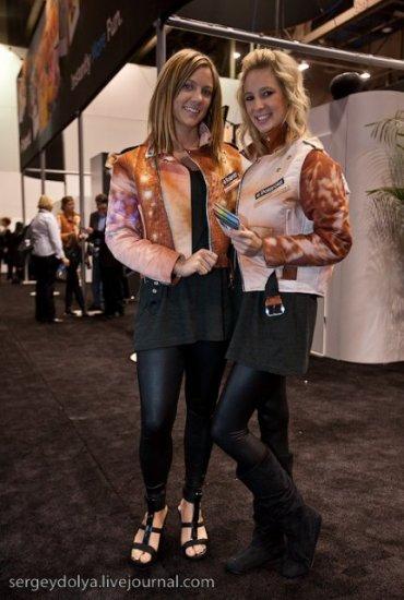 Девушки на выставке CES 2010 (вторая часть)