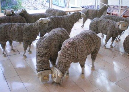 Телефонные скульптуры овец