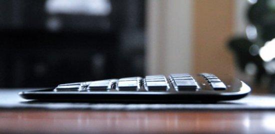 Microsoft Arc Keyboard - компактная беспроводная клавиатура