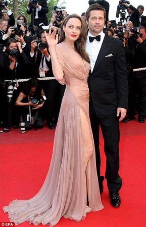 Анджелина Джоли и Бред Питт после 5 лет расходятся