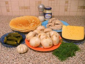 Блины, фаршированные куриным филе, грибами и сыром