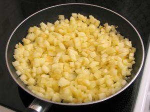 Блинчики с яблоками под «Безе»
