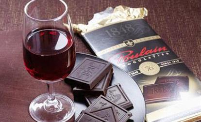 Для профилактики рака нужно пить каберне, есть виноград, шоколад и помидоры