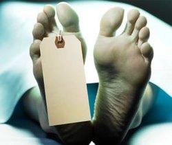 Мертвая женщина ожила на столе в морге