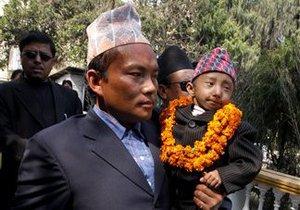 Непалец борется за звание самого маленького человека на планете