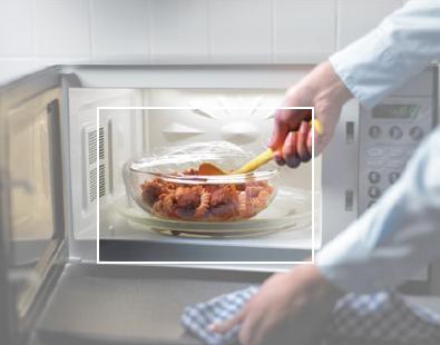 Еда из микроволновки: съедобна ли она?