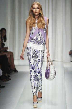 Versace весна 2010 RTW Shows