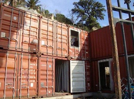 Бюджетный особняк из контейнеров