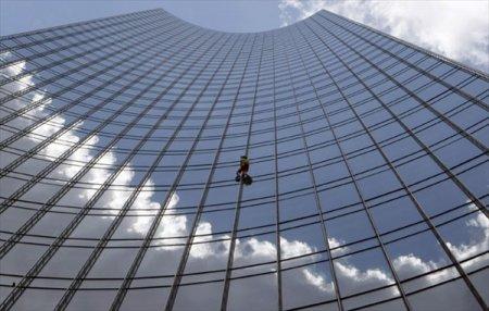 Вор-альпинист обворовал несколько офисов в Минске