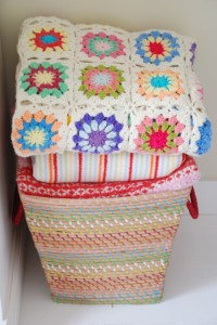 Креативные подушки и одеяла