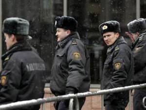 В Гомеле с суицидами среди милиционеров борются святой водой