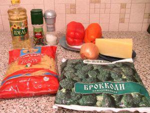 Пенне с болгарским перцем и брокколи