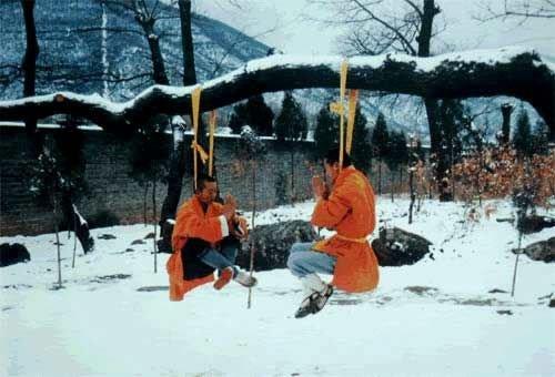 Воспитанники монастыря Шаолинь