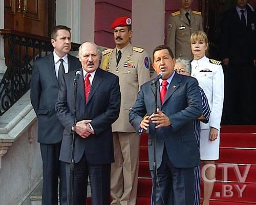 Лукашенко объявил свою досрочную победу на президентских выборах-2011
