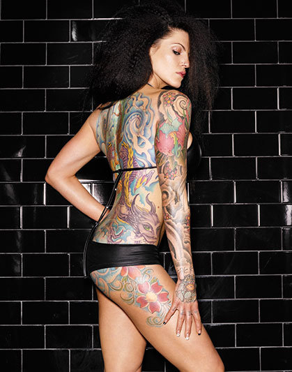 ������� � ���� (INKED GIRLS OF VEGAS). �������� Warwick Saint