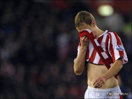 Игрок Арсенала сломал ногу в субботнем матче