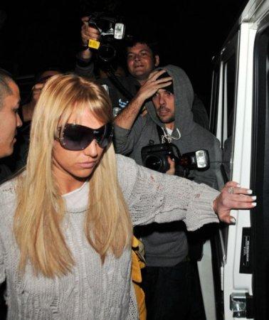 Бритни Спирс снова перекрасилась в блондинку