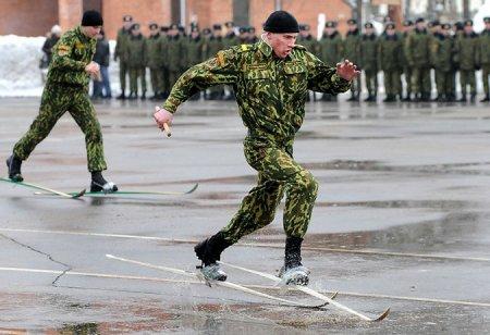 Бойцы белорусского спецназа продемонстрировали экзотические навыки