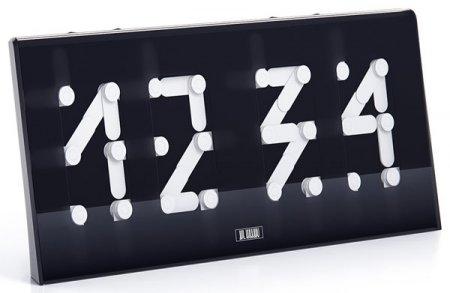 Сегментус - часы от студии Арт.Лебедев