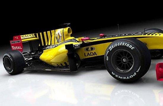 На болидах Renault появились логотипы Lada