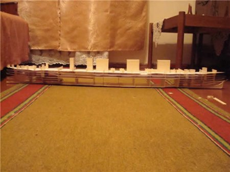 Титаник из бумаги в масштабе 1:200
