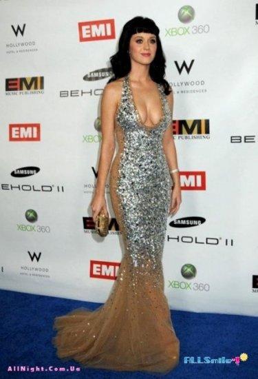 Katy Perry в новом платье