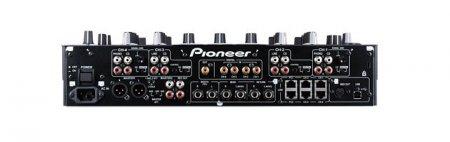 Первый в мире диджейский микшер с мультитач-дисплеем - Pioneer DJM-2000