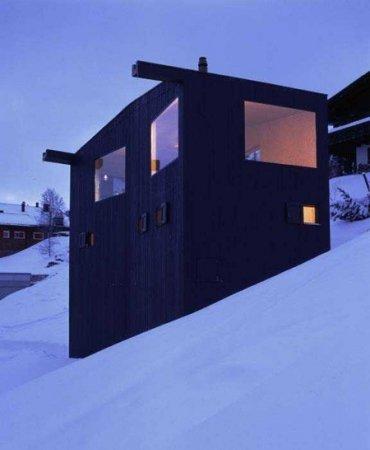 Классный домик на горе