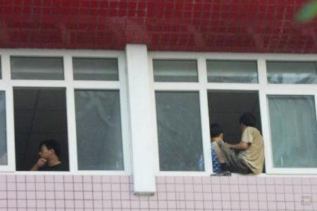 В Китае разговор с захватчиками короткий