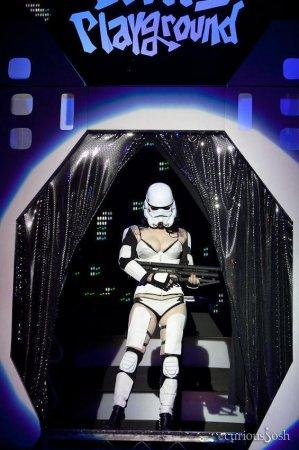 Стриптиз в стиле Звездных Войн