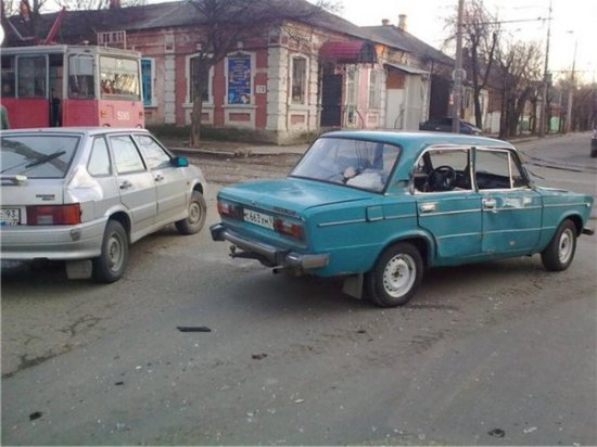 Рулевое управление служит для поворота направо, налево и в другие стороны.
