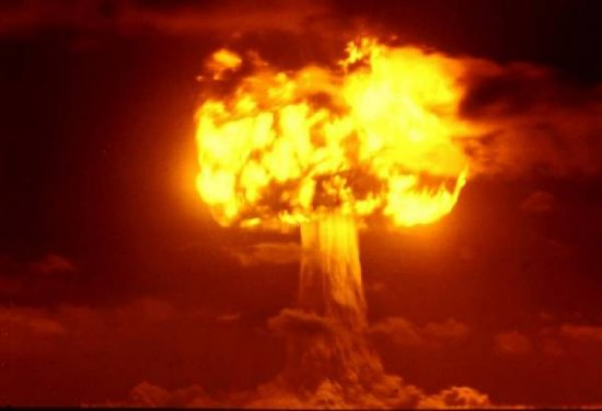 КНДР обещает США ядерный удар
