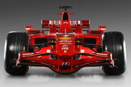 Российский гонщик уступил Шумахеру 1,5 секунды в Формуле-1