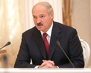 """Лукашенко: """"Только идиот в этой стране может отказаться от русского языка"""""""