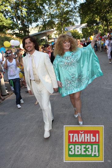 Так вот Алла Пугачева дала интервью журналу Тайны звезд, в